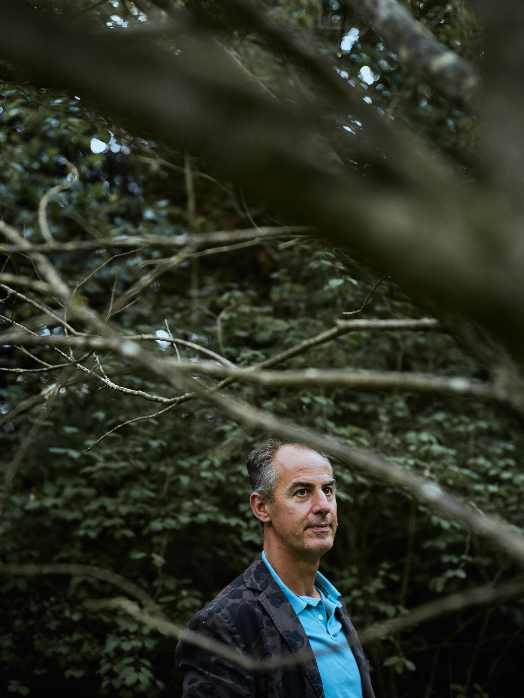 """Tod im Paradies   Kriminalhauptkommissar U. Körber untersuchte Tatort und Leiche. Dieser Tod ging ihm nahe: """"Nach so langer Flucht, das berührt""""."""