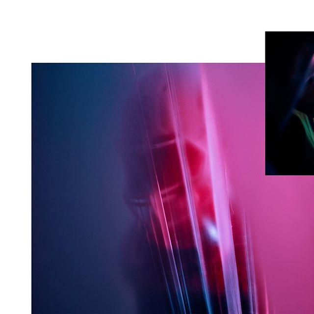 Behind the Scenes of NO FEAR / Seasonclip @newyorkerlions / #director @florianroeske / #directorofphotography @vu.simon / Produced by @chunkupthedeuce @moodmoodgang #football #behindthescenes #makingof #sport #leica #leicam #leicam10 #elmarit28 #elmarit28mm #leicaq #lfi #lfigallery #📷🔴 #film #movie #filmproduction #filmservice