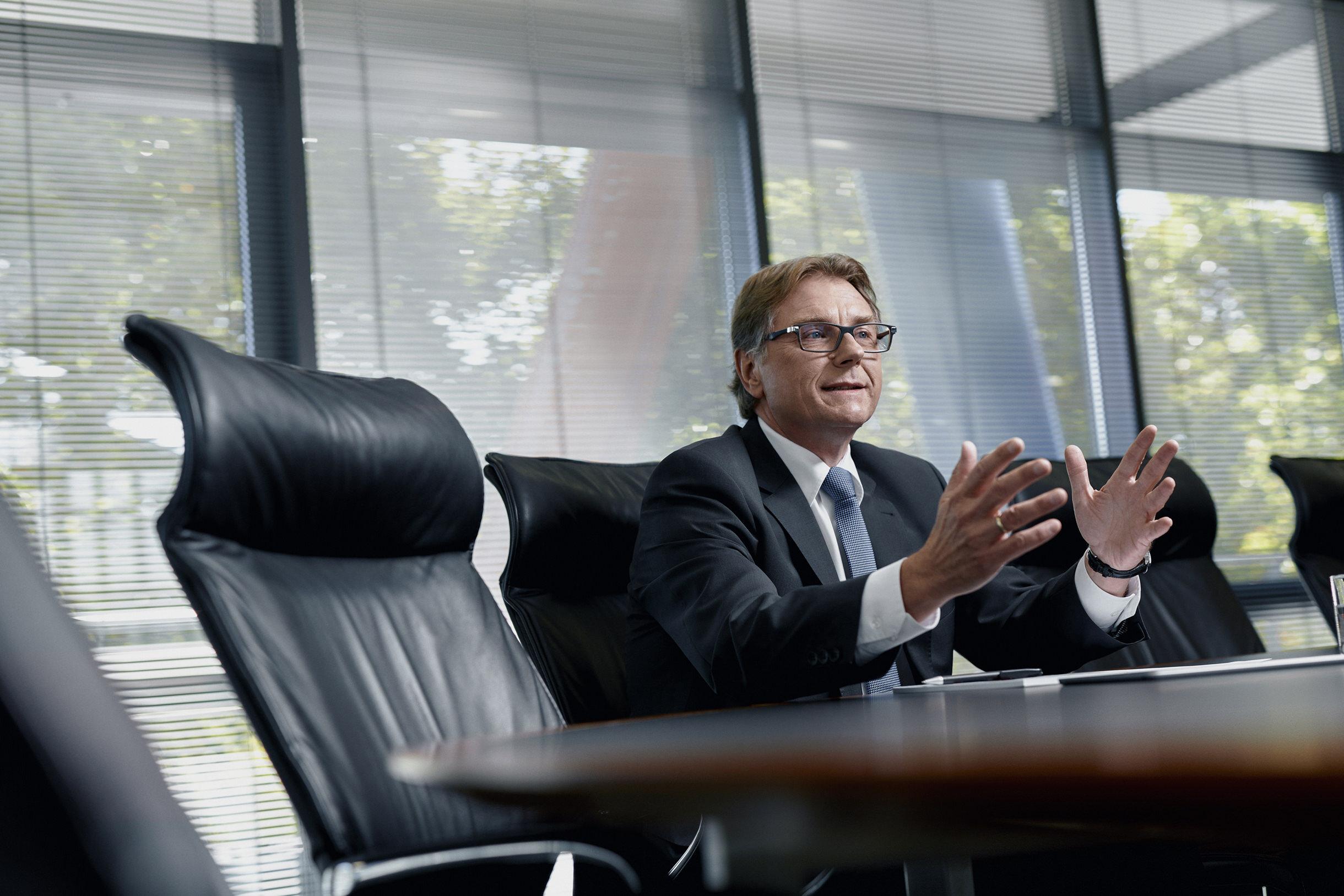 Volksbank eG BraWo  Vorstand Michael F. Müller
