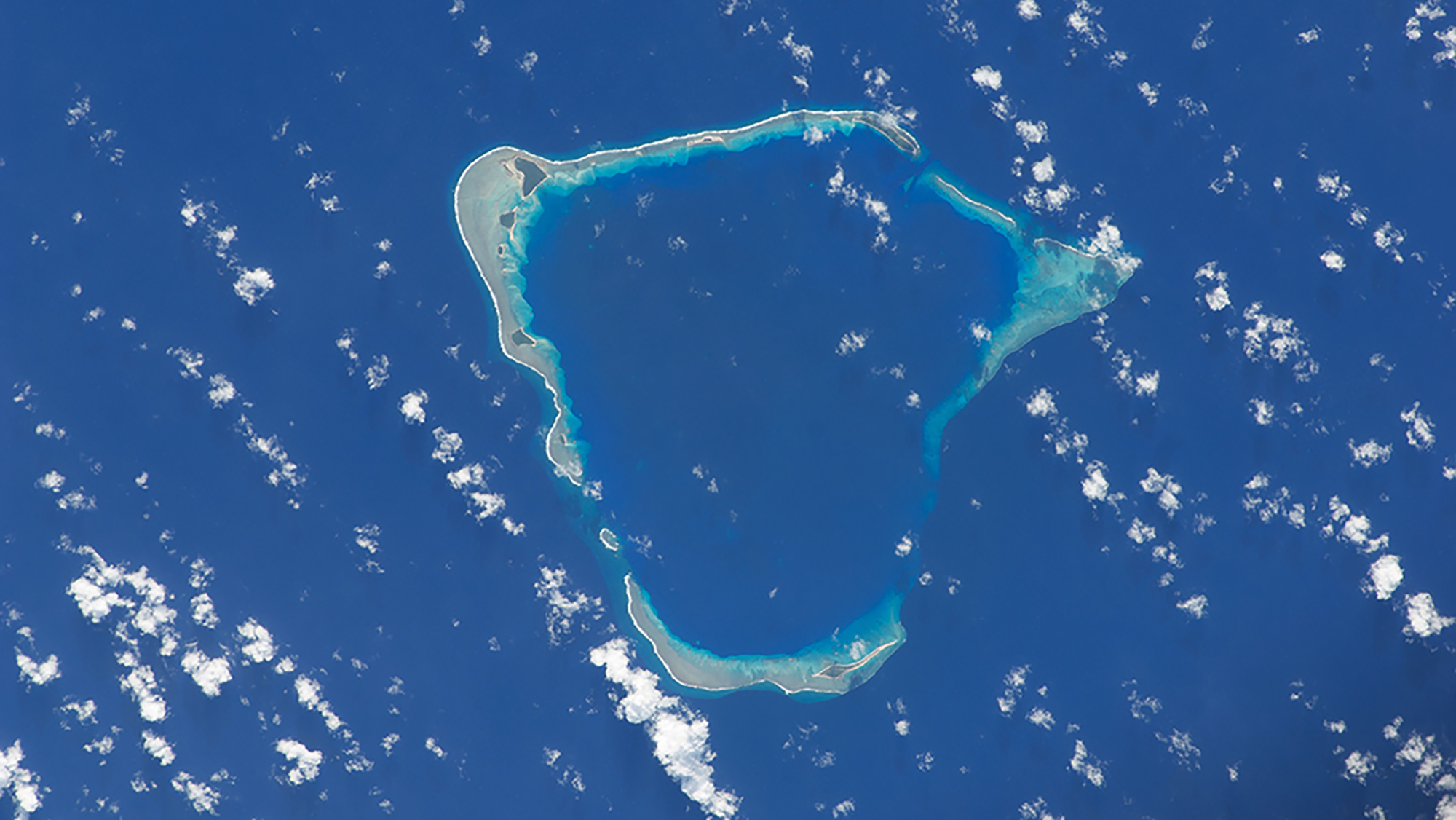 fromspace_atoll.jpg