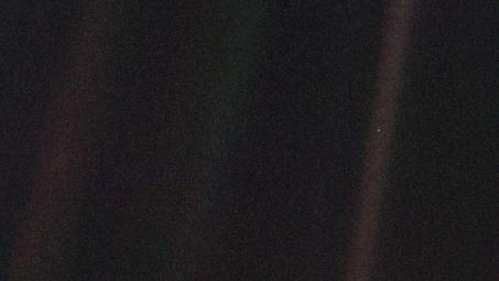 Image: 'Pale Blue Dot', NASA/JPL from Voyager 1, 1990