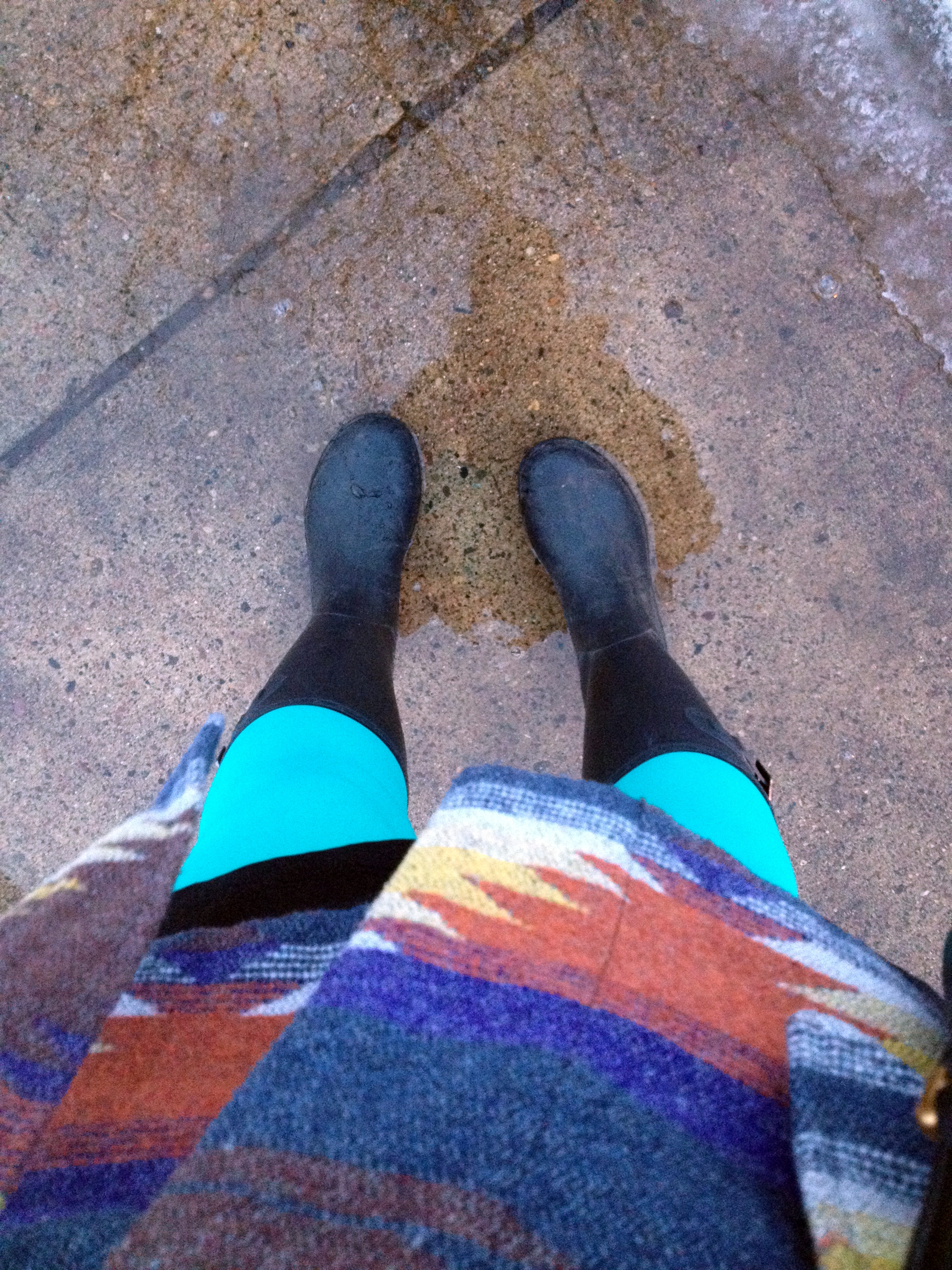 Snow is just starting to melt in Minneapolis when I left. It was time to break out my KAMIK rainboots but wasn't quite warm enough to ditch my wool winter jacket.