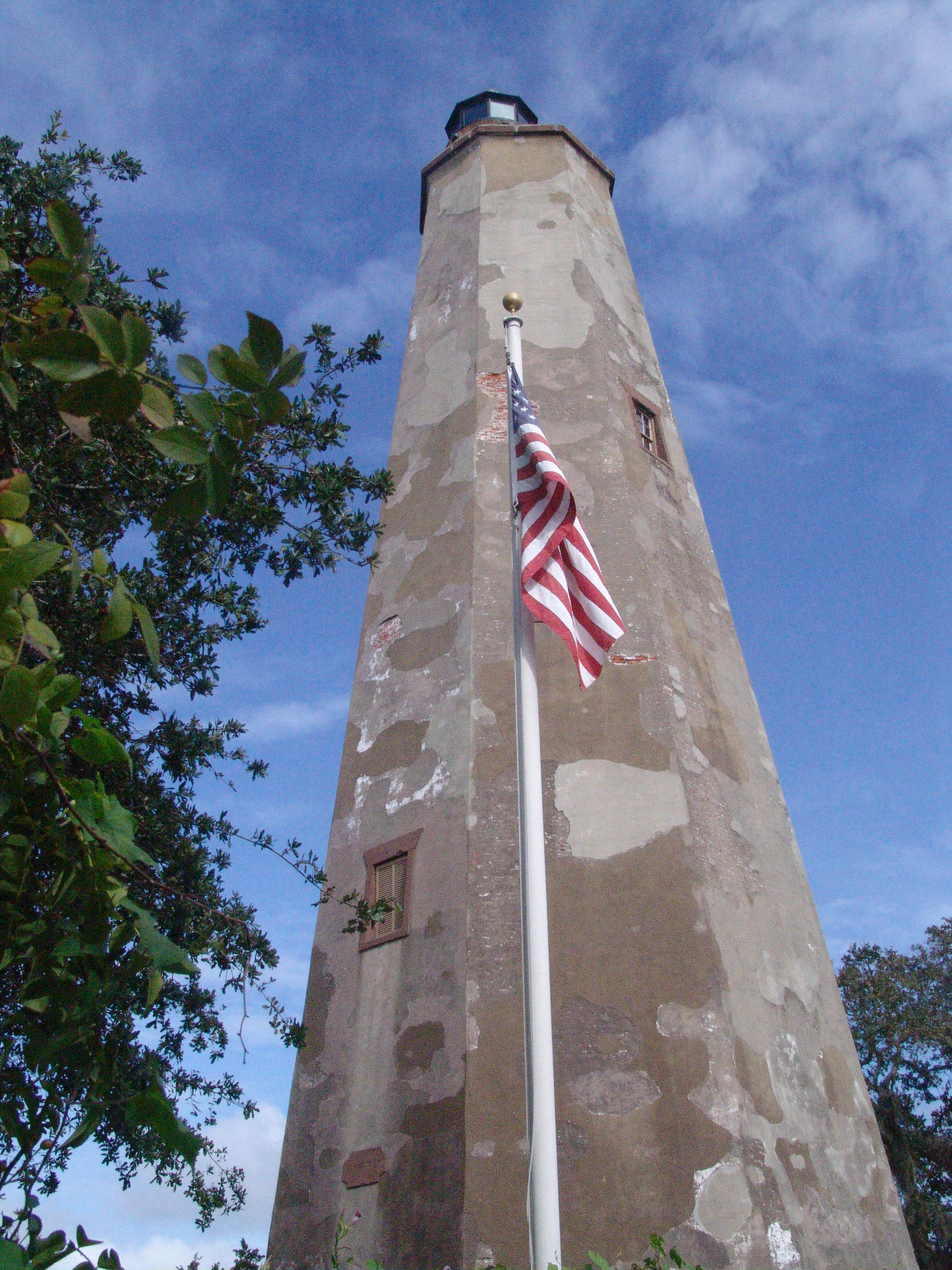 BHI Old Baldy and Flag DSC04014.jpg