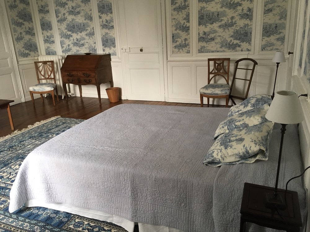 France-CdP-Blue Bedroom from side.jpg