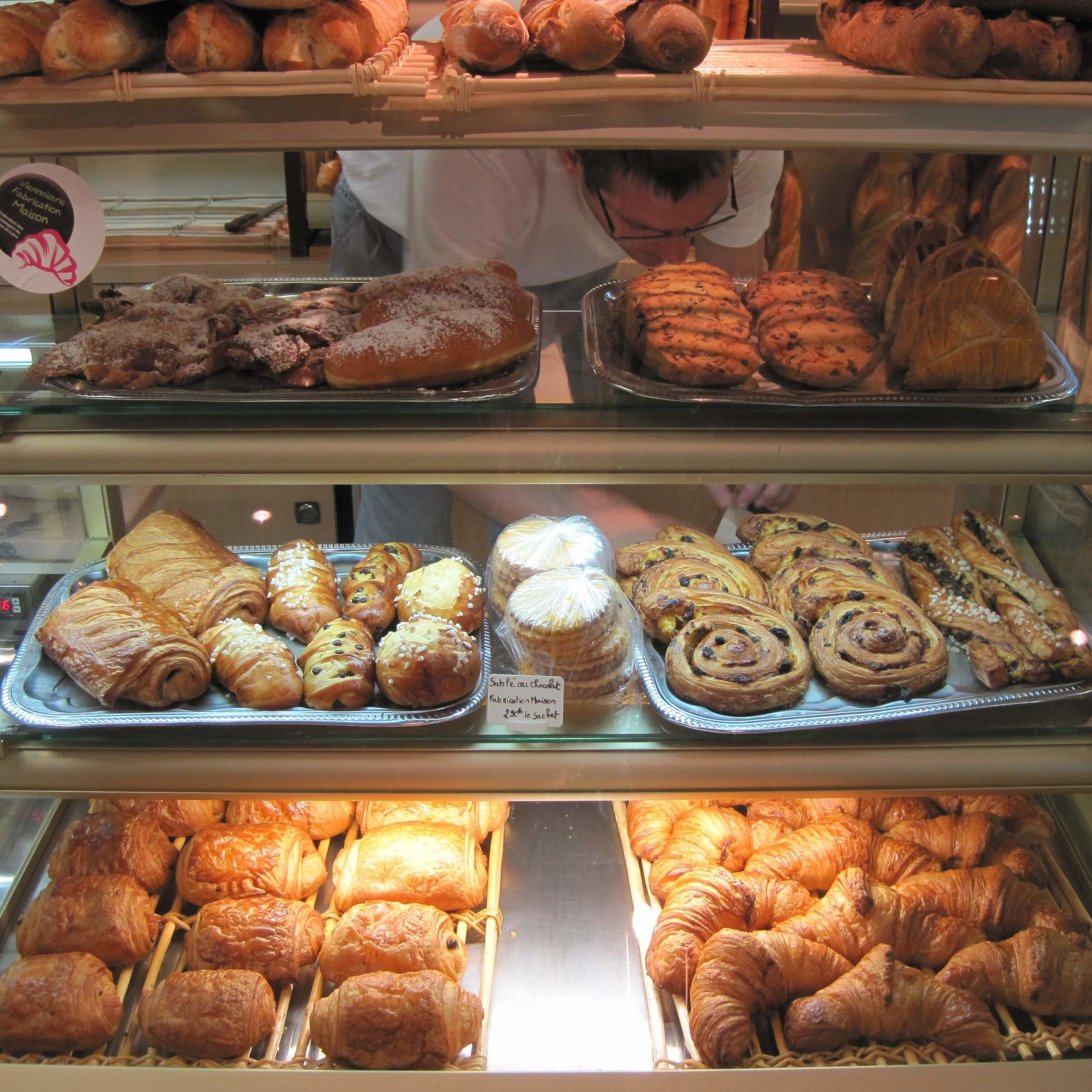 Enjoy the poetry of breakfast - Discuss writing over fresh croissants and coffee