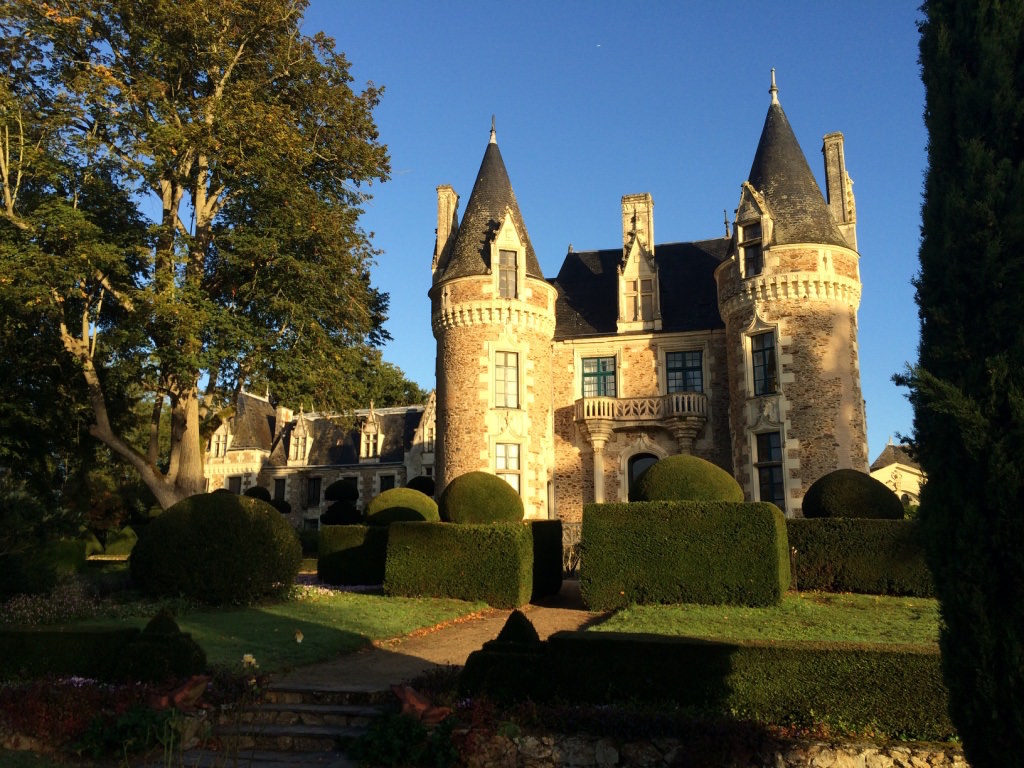 France-chateau-front3.jpg
