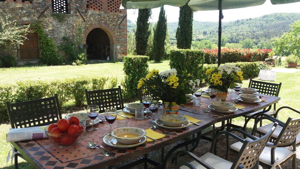 Italy-casanova-lunchalfresco.jpg