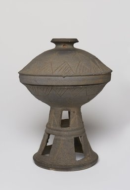 Pedestal Bowl with Lid Korea, Three Kingdoms Period