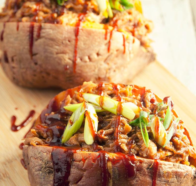 pulled-pork-stuffed-sweet-potatoes-preparation.jpg