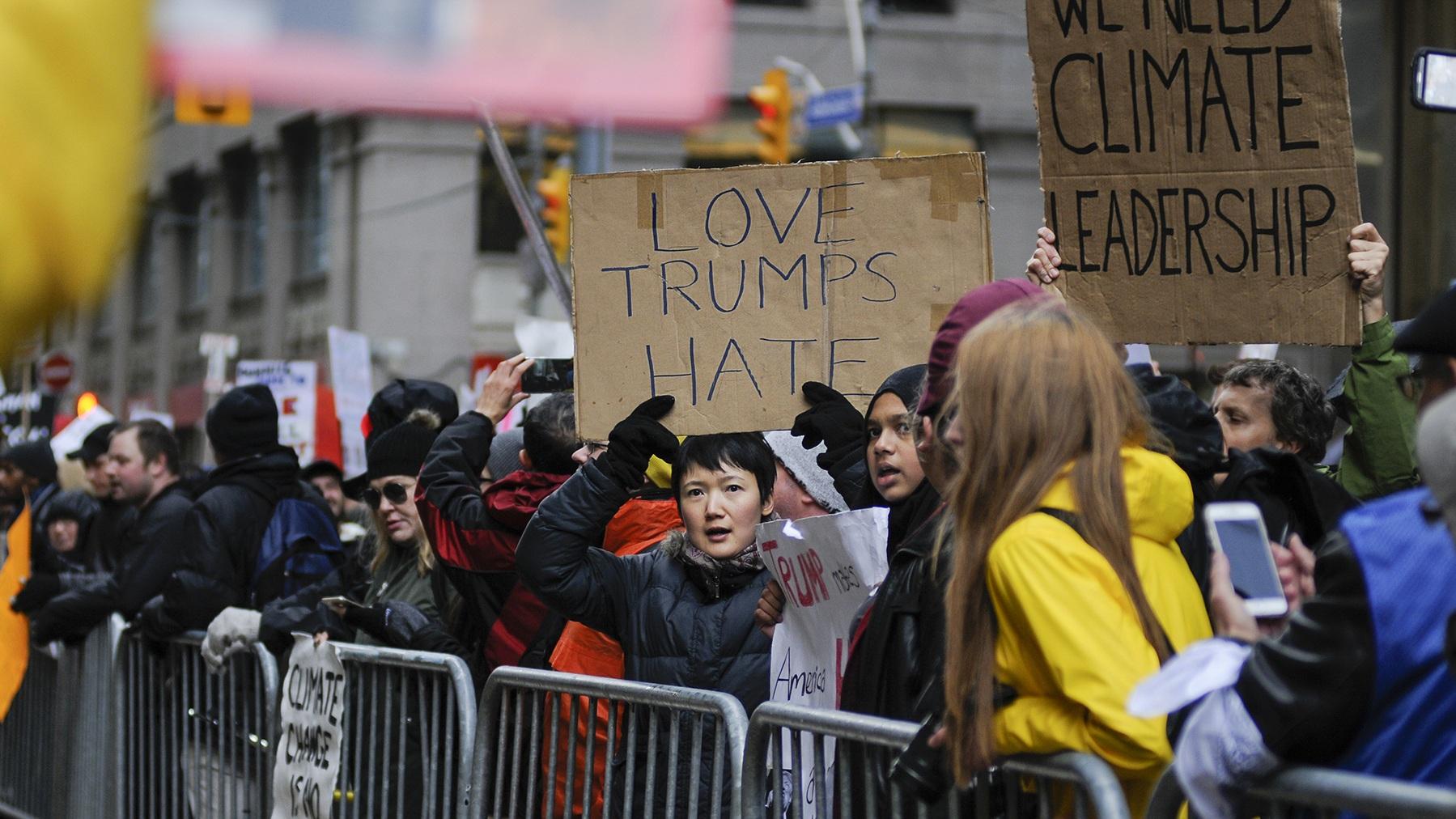 Protest tegen leiderschap Trump