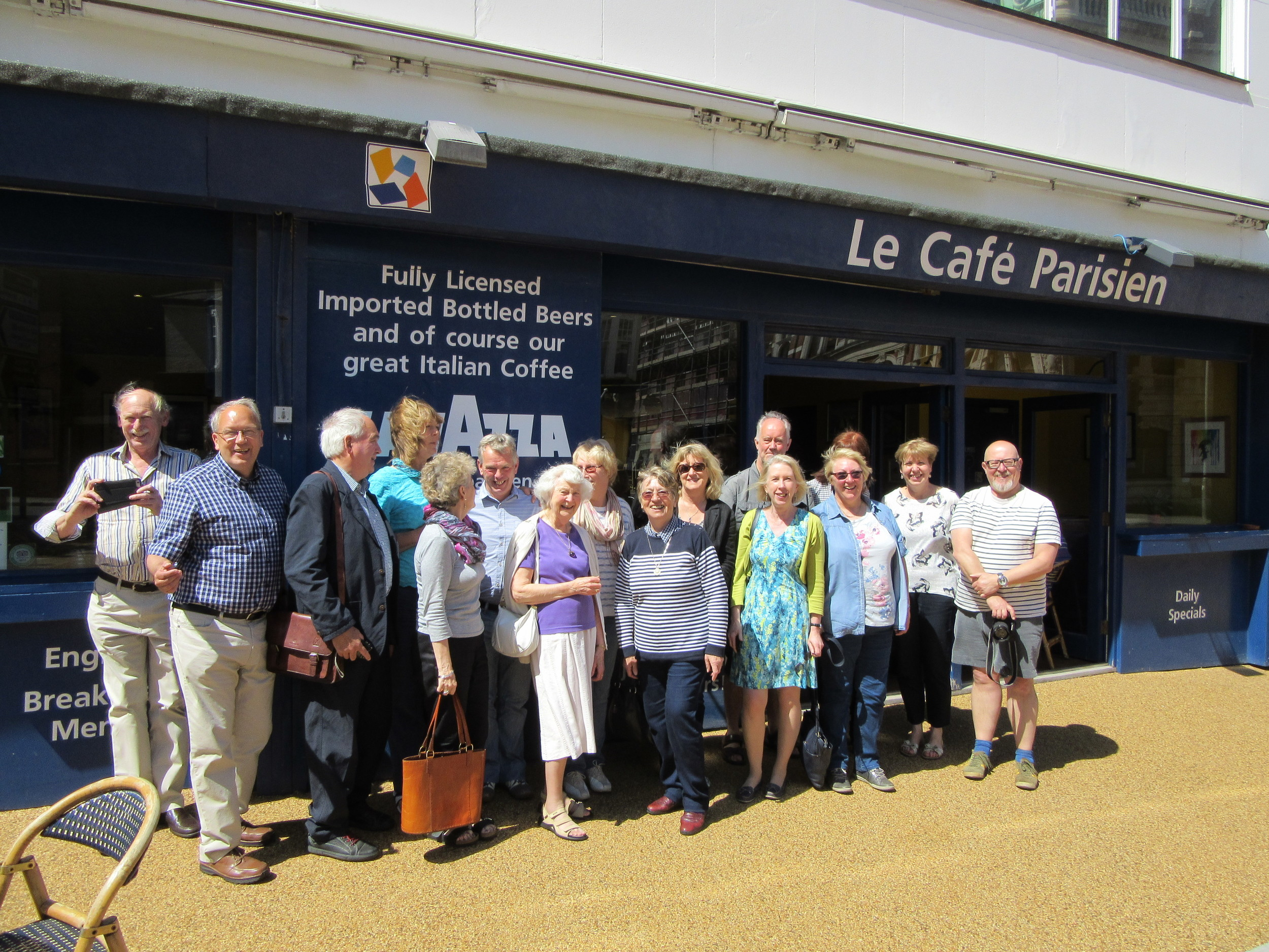 Former staff and students at Le Café Parisien