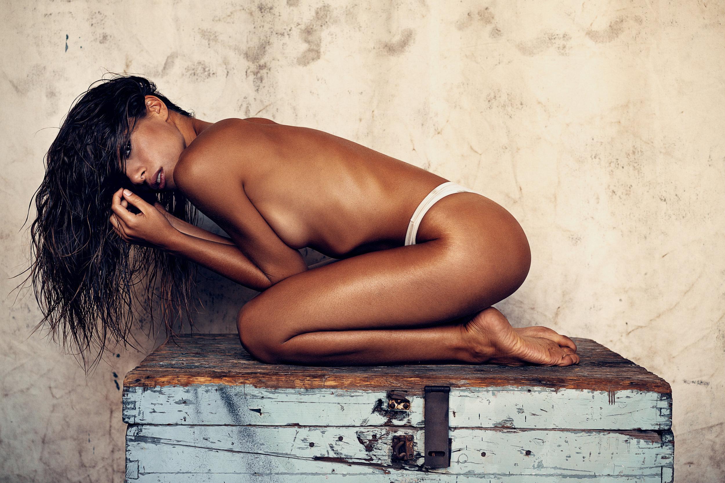 hannes_windrath_femme_women_girl_lingerie_erlich_textil_21.jpg