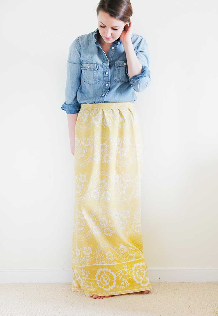How to make a skirt from an old tablecloth