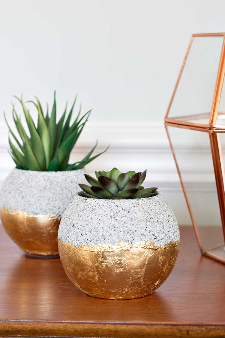 How to Make Faux Stoneware Planters   Wellnesting