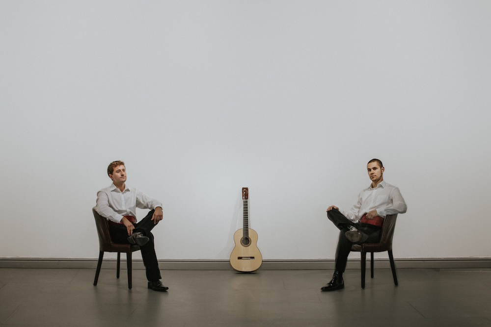Bringing together the world of classical and flamenco guitar
