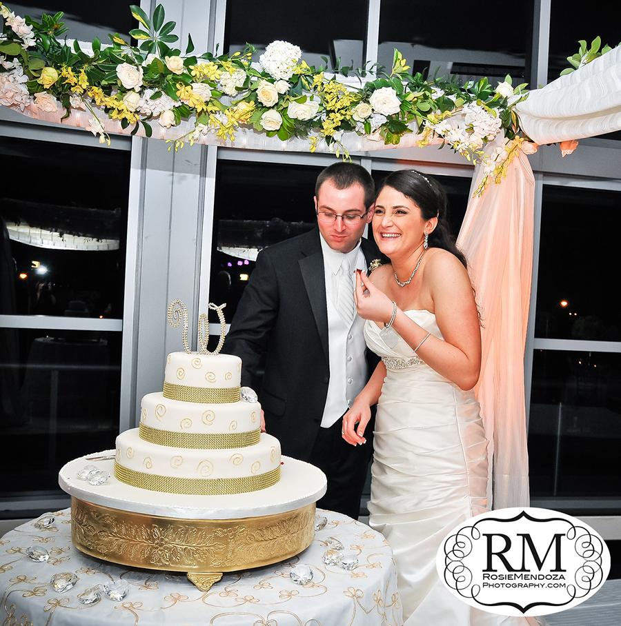 Eden-Roc-Miami-Beach-Wedding-cake-photo