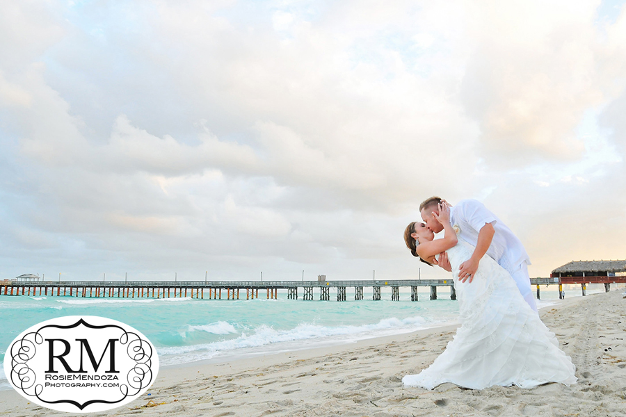 Miami-Beach-Newport-Beachside-Hotel-and-Resort-destination-wedding-portrait-photo