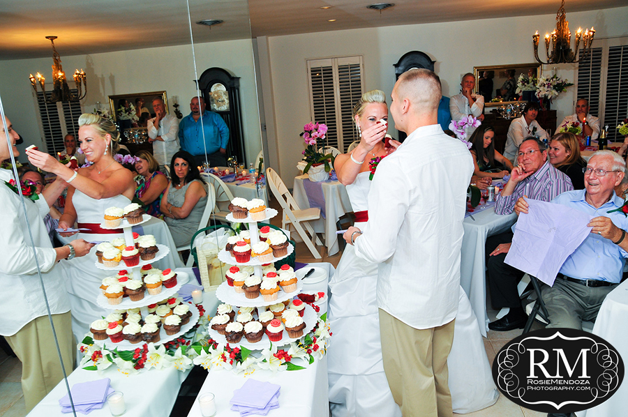 Fort-Lauderdale-backyard-wedding-cake-photo