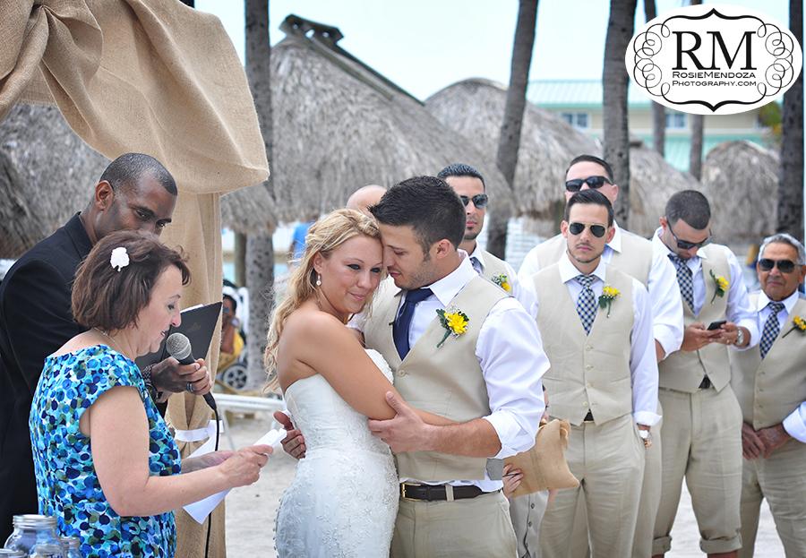 Newport-Beachside-Resort-and-Spa-Miami-Beach-Wedding-ceremony-photo