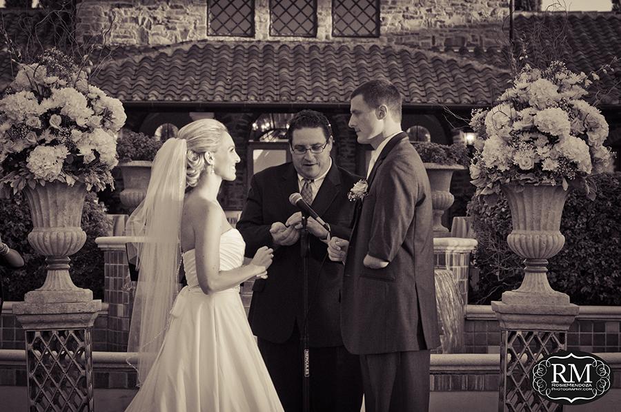 Parkland-Country-Club-wedding-vows-photo