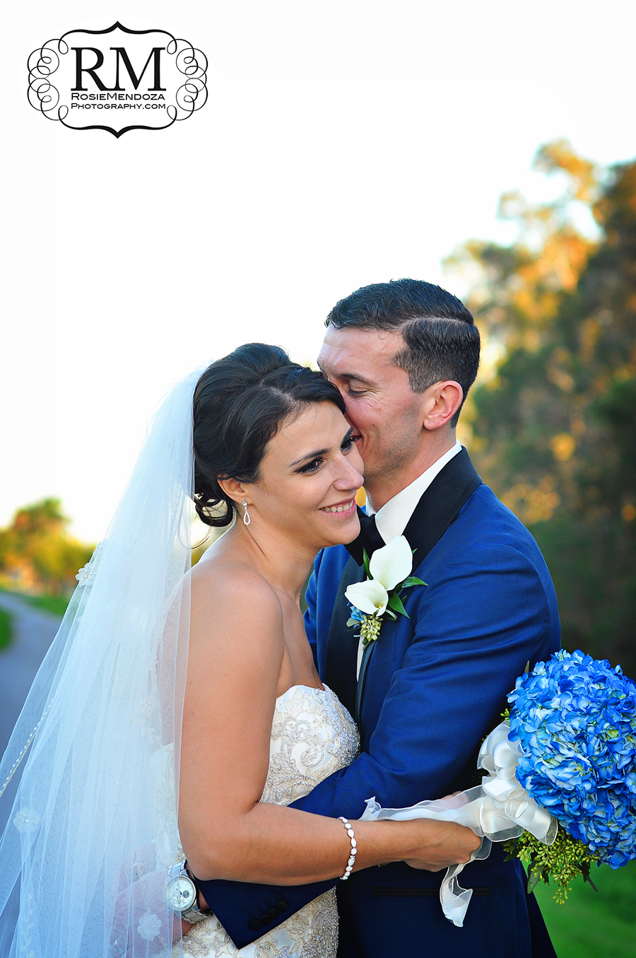 South-Florida-Winter-wedding-portraits-in-Pembroke-Lakes-Country-Club-photo