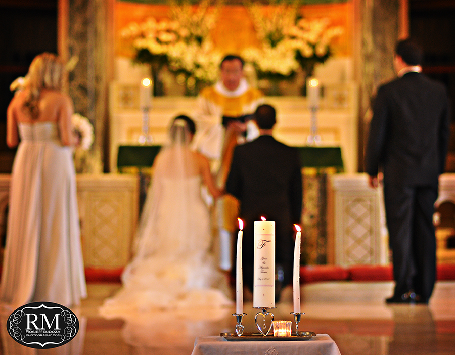 Downtown-Miami-Trinity-Episcopal-Cathedral-wedding-candle-ceremony-photo
