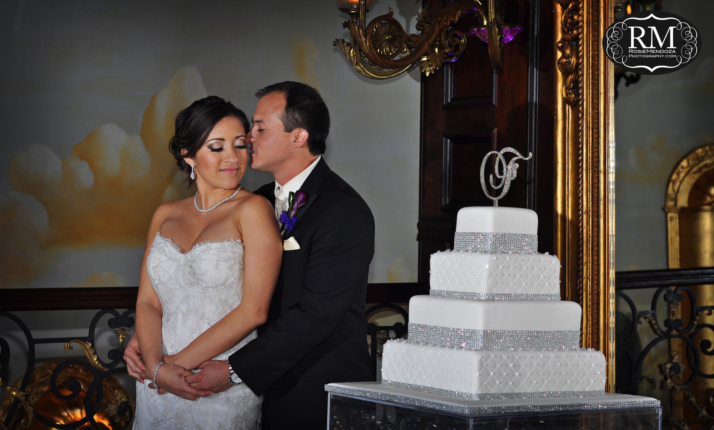 Coral-Gables-The-Cruz-Building-wedding-portrait-photo