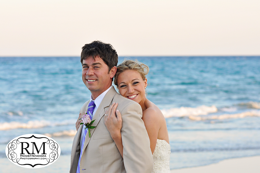 Wyndham-Deerfield-Beach-destination-wedding-couple-photo