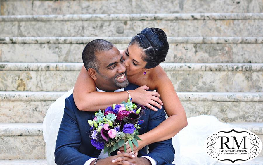 Ritz-Carlton-Coconut-Grove-wedding-kiss-photo