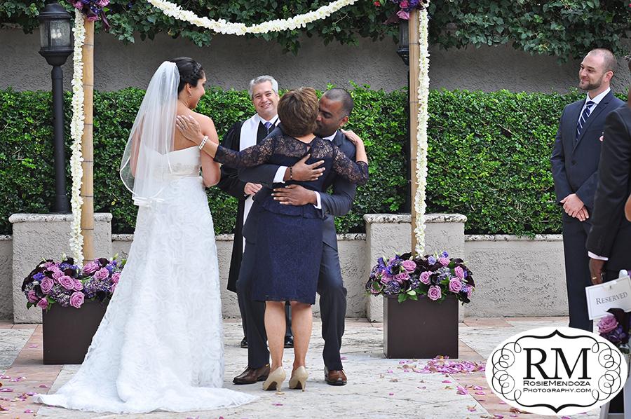 Ritz-Carlton-Coconut-Grove-wedding-ceremony-photo