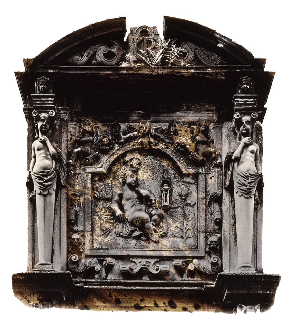 Pregrant crypt.jpg