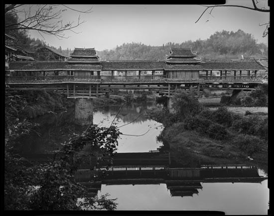 2nd_Dong_Bridge.jpg
