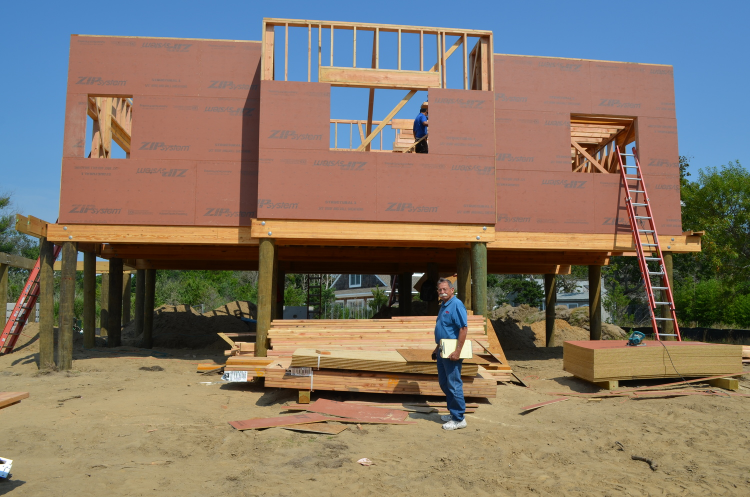 Bob Barauskas of Speonk Lumber at the Sunset Green Home project site