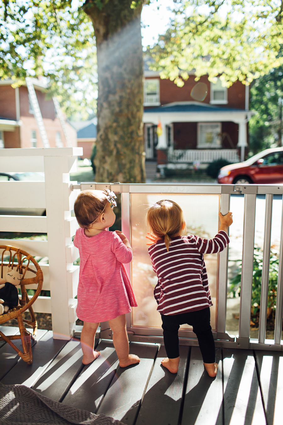 brookecourtney_munchkin_frontporch-29.jpg