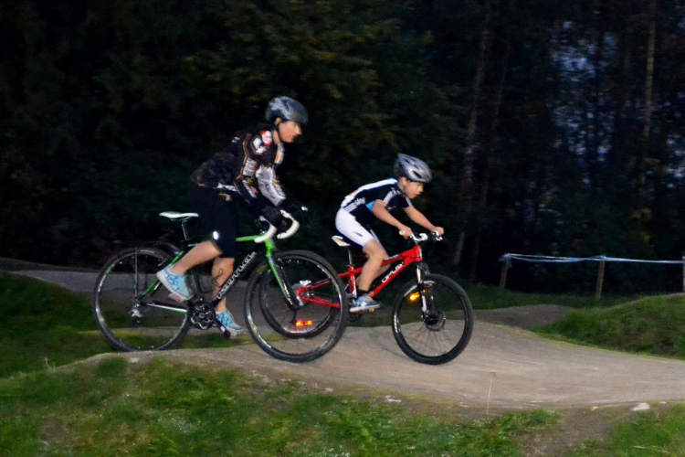Local Ride's Tuesday Night Short Track CX races are fun for everyone!