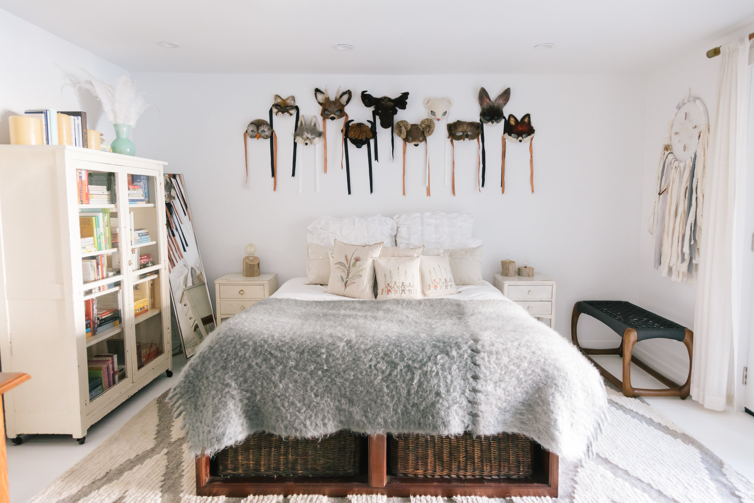 Animal Masks, Wild Wallpaper, and Patterns Galore: Inside a Jewelry Designer's Eclectic San Francisco Home - VOGUE  Photo: Jen Kay / Courtesy of Emily Wheeler