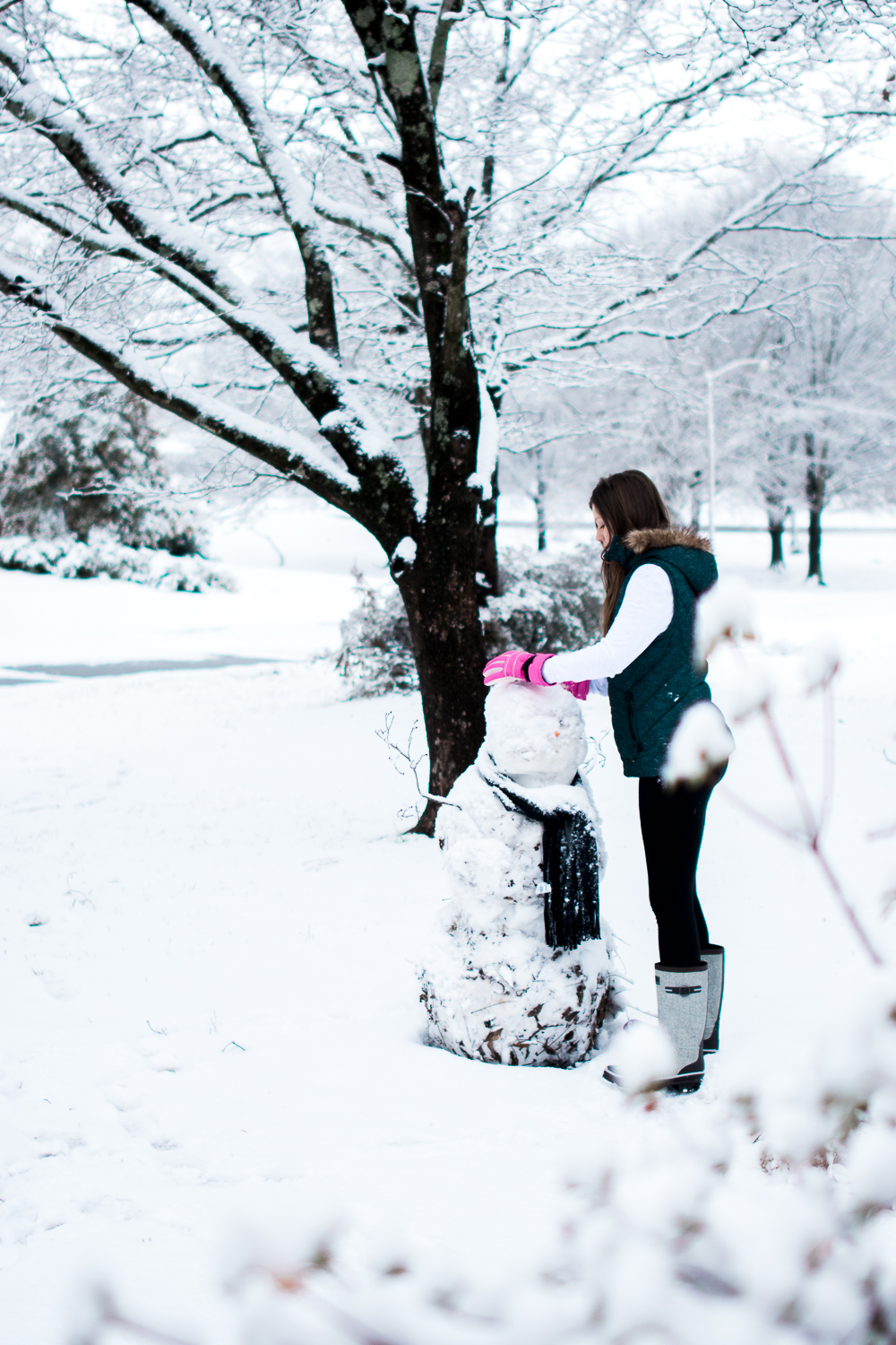 Snow Family Pictures, Lifestyle Family Pictures, Family of 4-61.jpg