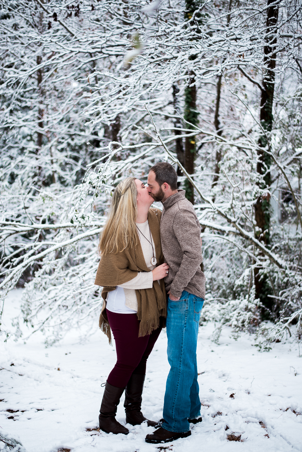 Snow Family Pictures, Lifestyle Family Pictures, Family of 4-117.jpg