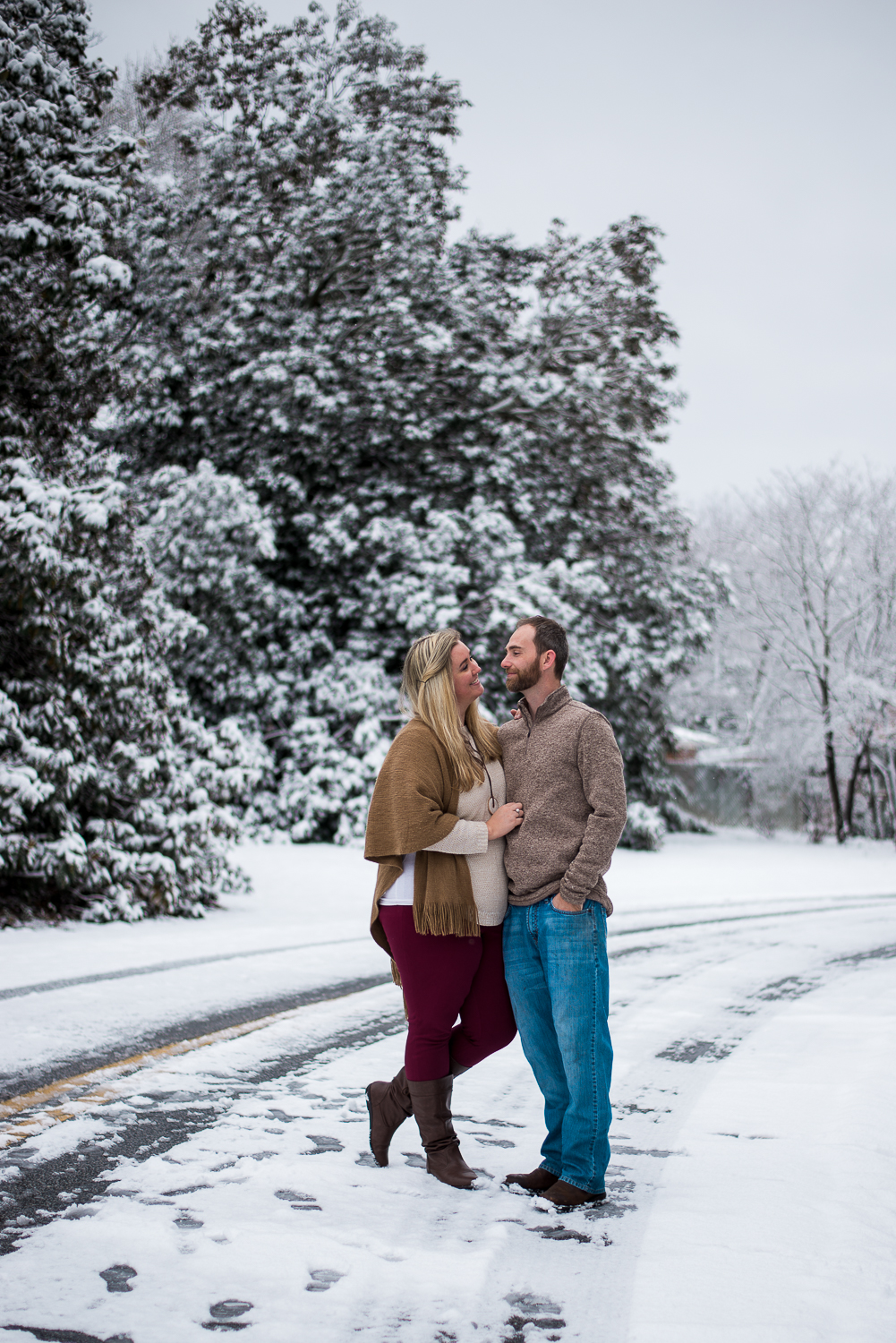 Snow Family Pictures, Lifestyle Family Pictures, Family of 4-134.jpg