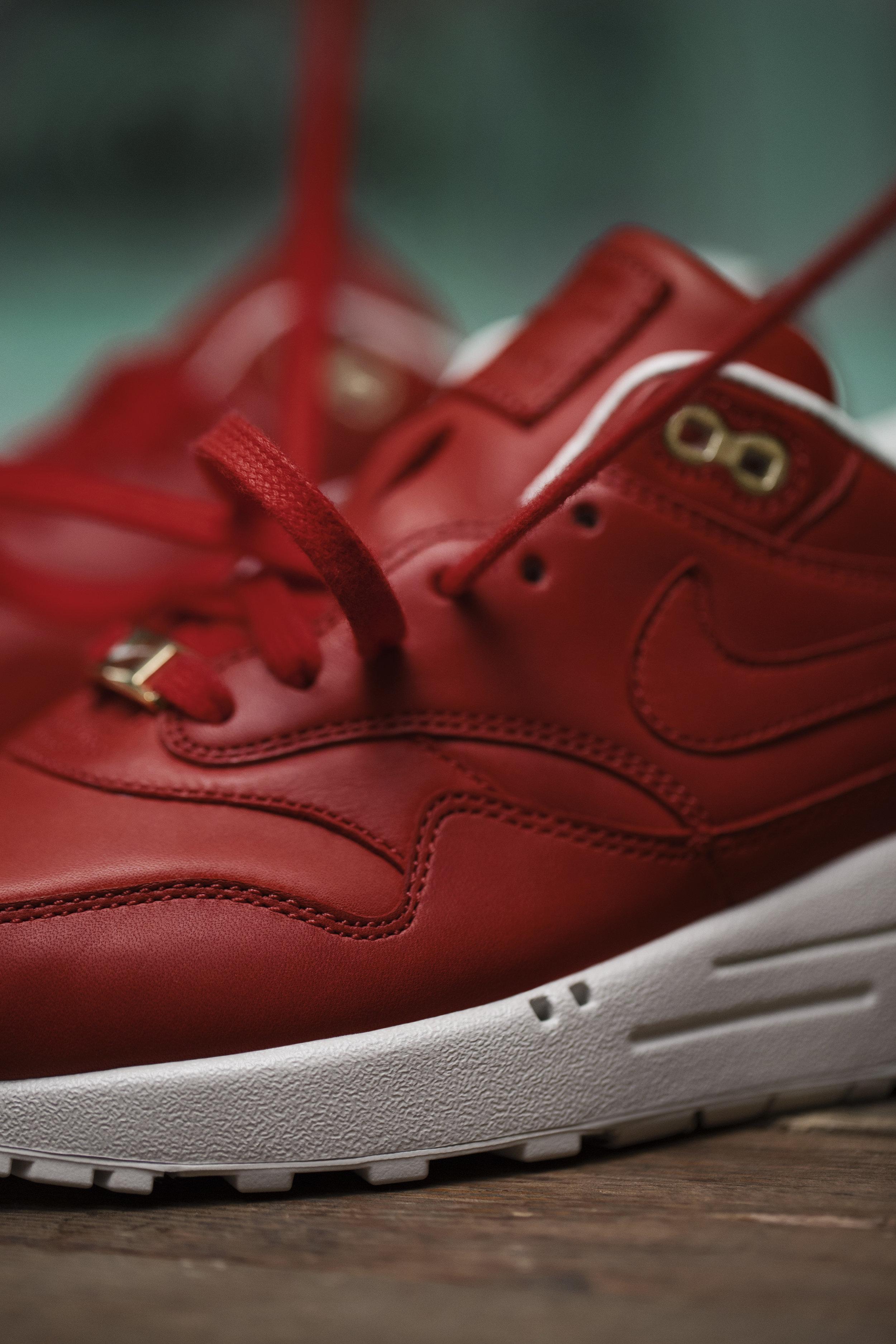 SP17_Nike_ID_AM1_Leather_Shoot_211.jpg