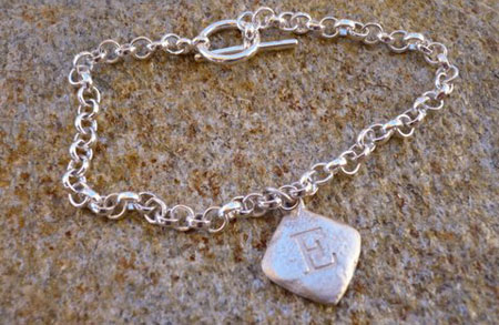 e_bracelet.jpg