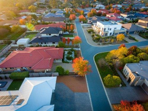 Housing credit availability a key factor in property market slowdown 500x375.jpg