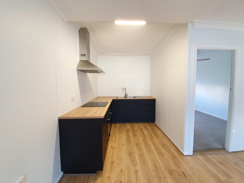 Unit 2 - Kitchen.jpg