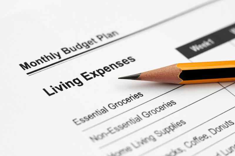 how-to-reduce-living-expenses.jpg