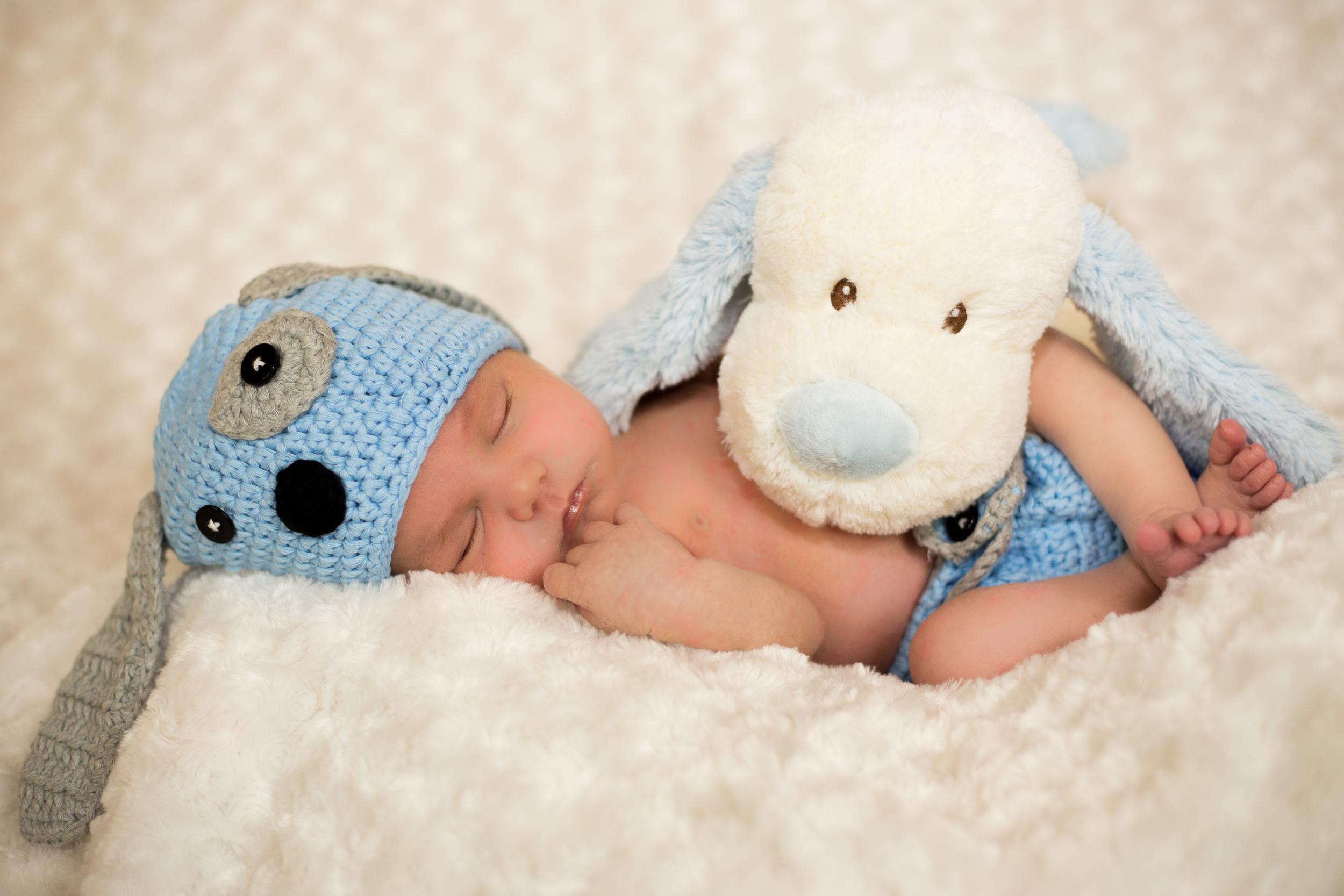 Newborn Boy & Puppy