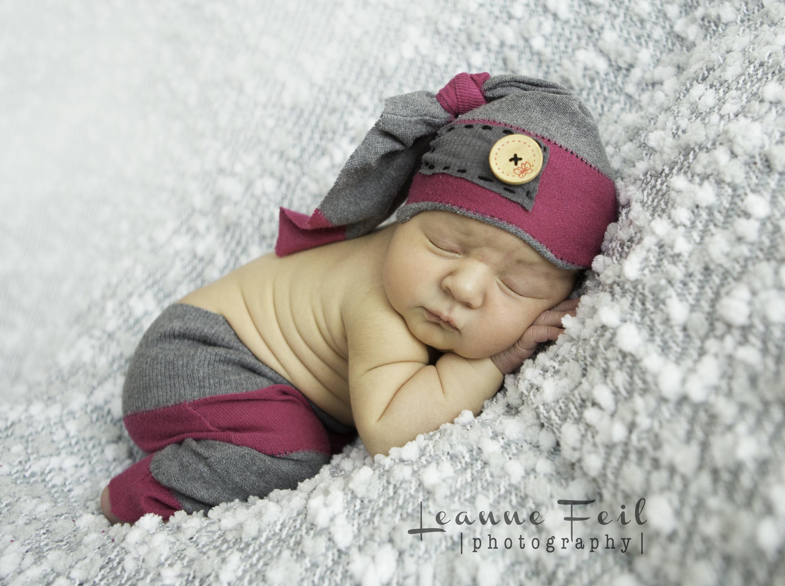 newborn Brooklynn-88wm.jpg