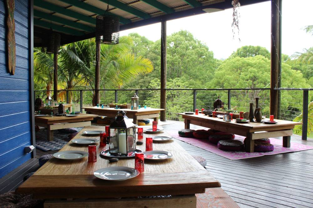 paradise one dinner set.jpg