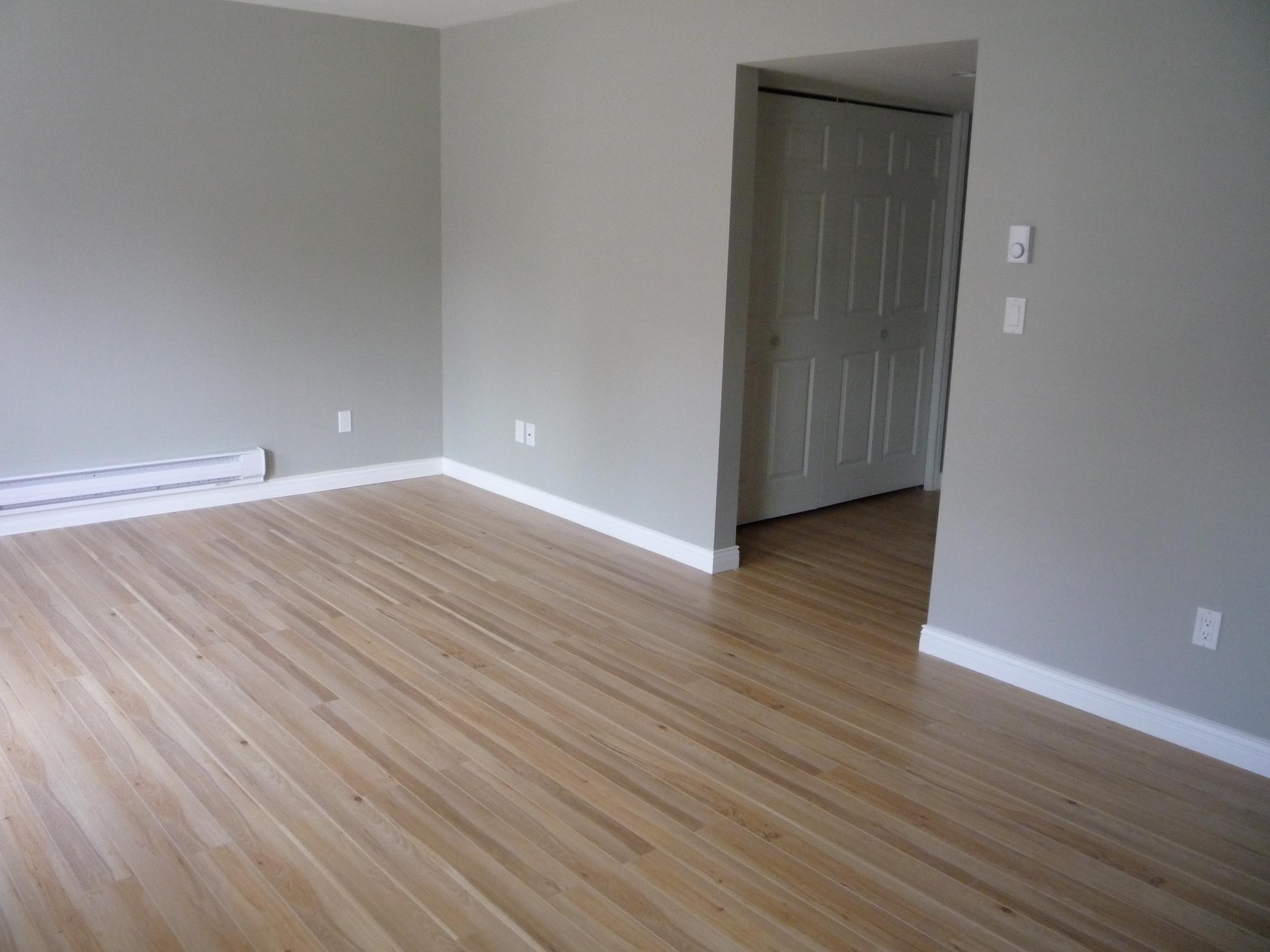 Laminate Wood-Like Durable Flooring