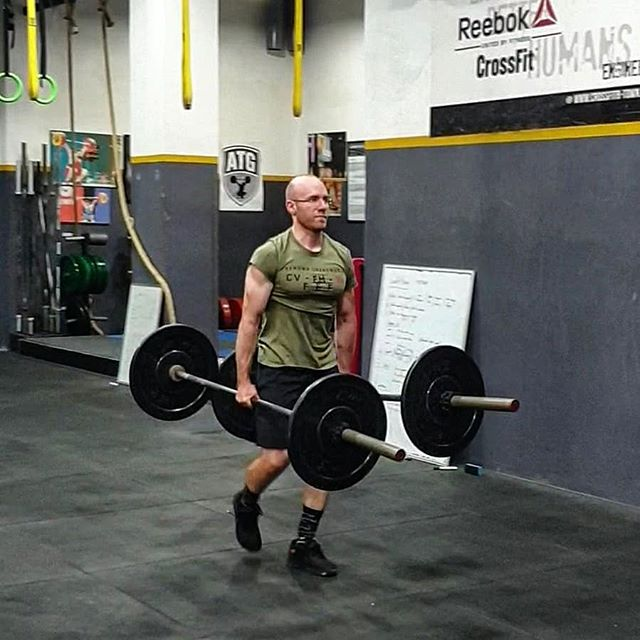 The epitome of training efficiently.  Loaded barbell farmers walk, or simply just taking your equipment for a long walk after you're done training 🤣  Get inspired, turn everything into a workout!  #btownstrong #engineeringbetterhumans #crossfit #farmerswalk #strength #metcon #wod #training #grip #ReebokMENA