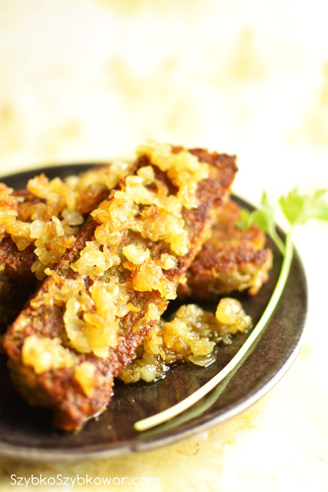 Zapiekanka z grochu i ziemniaków.